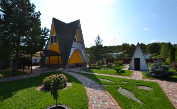 Уютная обустроенная дача с баней и гостевым домом в СНТ «Текстильщик»